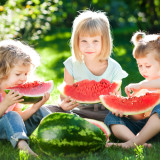 Дети в Словении